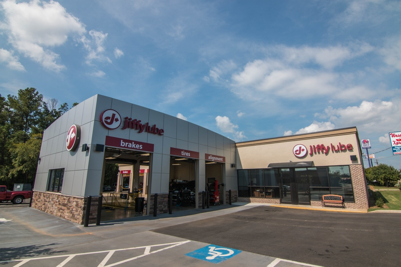 Jiffy Lube Retail 2 | SD Clifton Construction